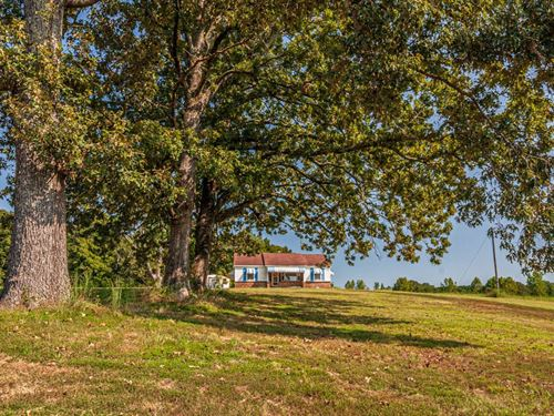 Beautiful Setting Fixer Upper Home : Guys : McNairy County : Tennessee