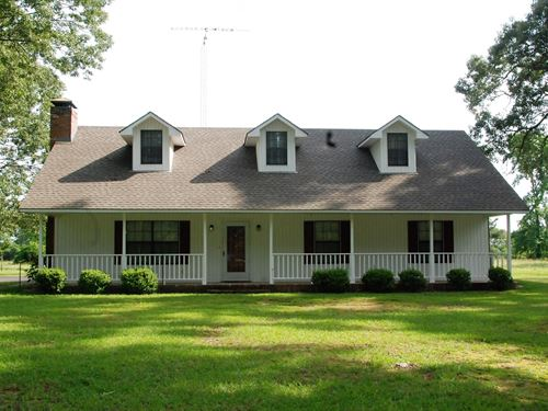East Texas Country Home Chandler : Chandler : Henderson County : Texas
