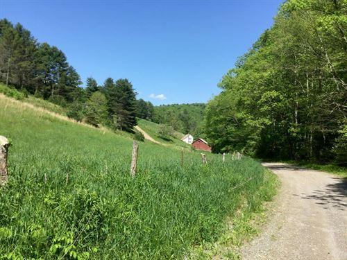 98 Acres Of Mountain Views : Check : Floyd County : Virginia