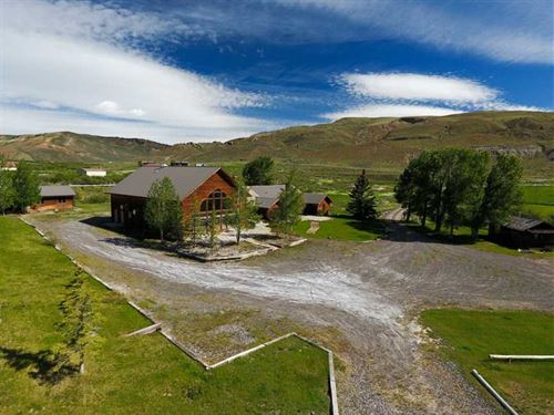 Mill Iron Ranch, Cattle And Gues : Dubois : Fremont County : Wyoming