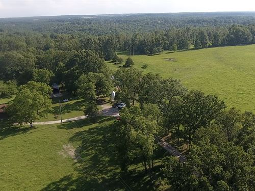 Missouri Ozarks Farm For Sale : West Plains : Howell County : Missouri