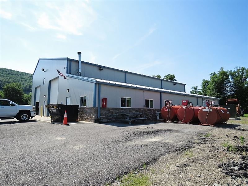 Truck Shop And Acreage Auction : Covington : Tioga County : Pennsylvania