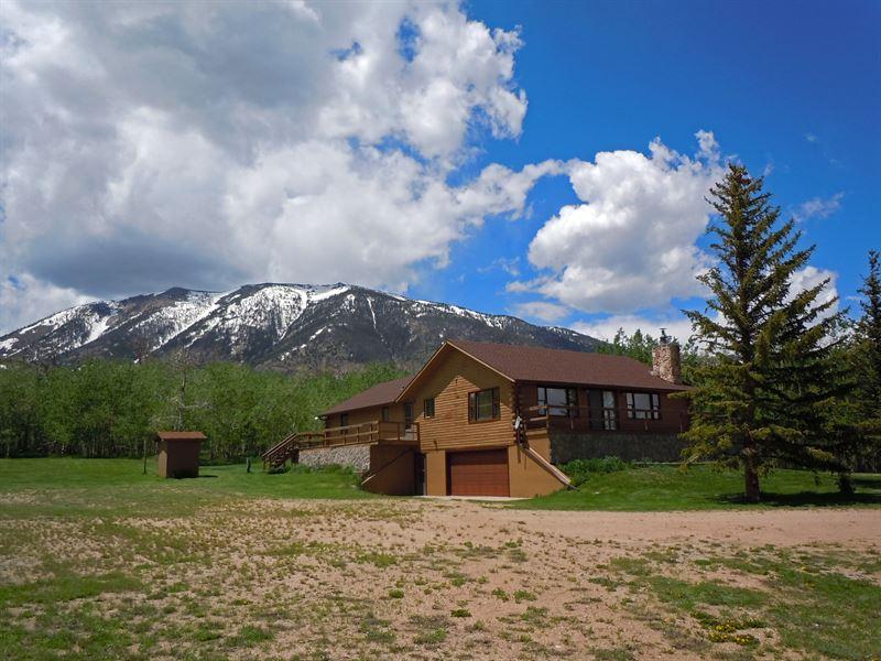 Mountain Getaway, Mountain View : Elk Mountain : Carbon County : Wyoming