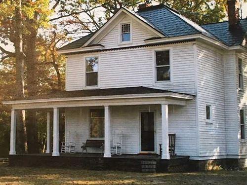 12 Acres of Residential Land : Kenbridge : Lunenburg County : Virginia