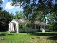 Great Country Home : Drakes Branch : Charlotte County : Virginia