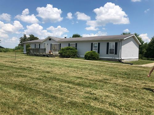 Country Home on 20 Acres For Sale : Chillicothe : Livingston County : Missouri