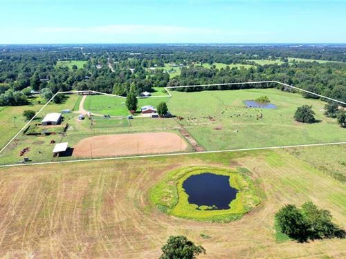 Horse Lovers Dream With Home : Paris : Lamar County : Texas