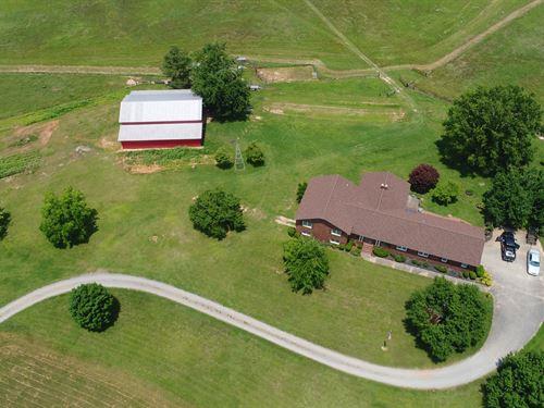 Farm House With Acreage : Anderson : South Carolina