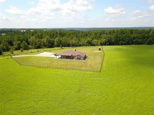 East TX Country Home & Acreage : Frankston : Anderson County : Texas