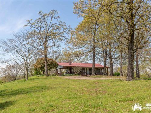 Country Home on a Hilltop : Mena : Polk County : Arkansas