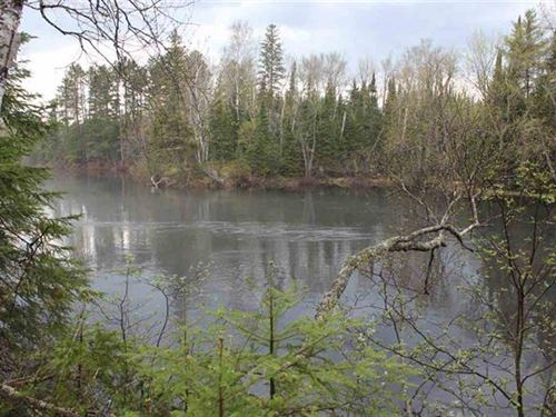 M95 Riverfrontage 1116605 : Republic : Baraga County : Michigan