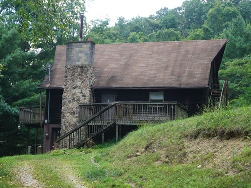 Large A Frame, Nice Fixer Upper : Looneyville : Roane County : West Virginia