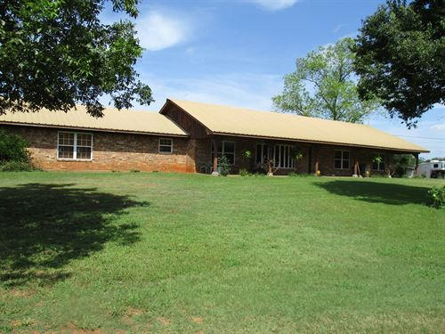 East Texas Horse Ranch For Sale : Reklaw : Cherokee County : Texas