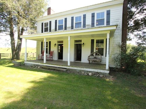 One Most Picturesque Grazing Farms : Rural Retreat : Wythe County : Virginia