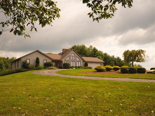 Country Home Horse Barn Floyd VA : Floyd : Virginia