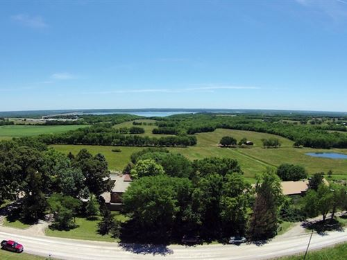 Beautiful Cattle & Horse Ranch : Lawrence : Douglas County : Kansas
