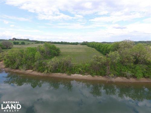 Watts Bar Lake Farm : Lenoir City : Loudon County : Tennessee