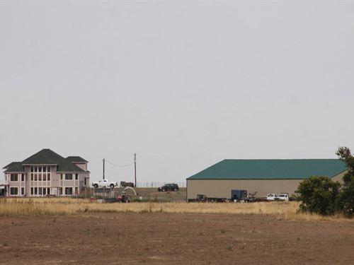 Bennett Horse Property : Bennett : Arapahoe County : Colorado