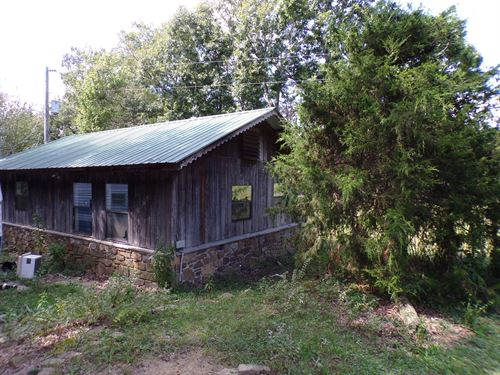 Secluded Cabin In Woods : Marshall : Searcy County : Arkansas