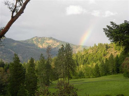 Boomer Hill Ranch : Myrtle Creek : Douglas County : Oregon