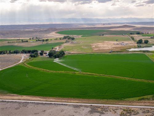 Kinnear Hay Farm, Fish & Hunt : Kinnear : Fremont County : Wyoming