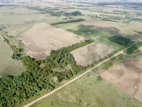 82 Acres in Harper County KS : Attica : Harper County : Kansas