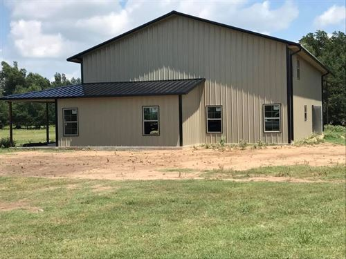 Country Barndominium Home Ranch : Blossom : Lamar County : Texas
