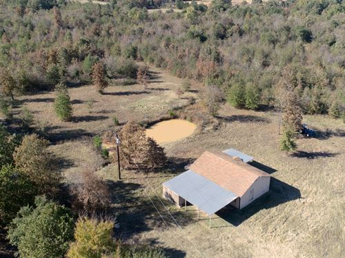 Country Home & Hunting Property : Powderly : Lamar County : Texas