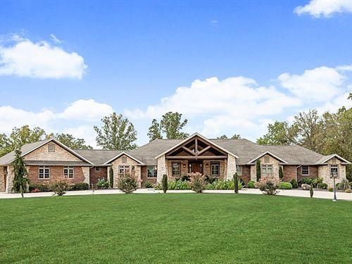 Custom Built-Fenced For Livestock : Mountain Grove : Wright County : Missouri