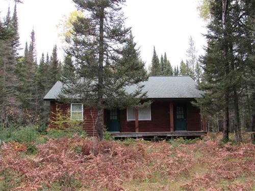 Larry's Hideaway Camp 1118259 : Michigamme : Baraga County : Michigan