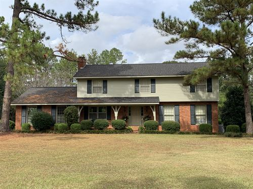 Beautiful Home With 13 Ac And Pond : Americus : Sumter County : Georgia