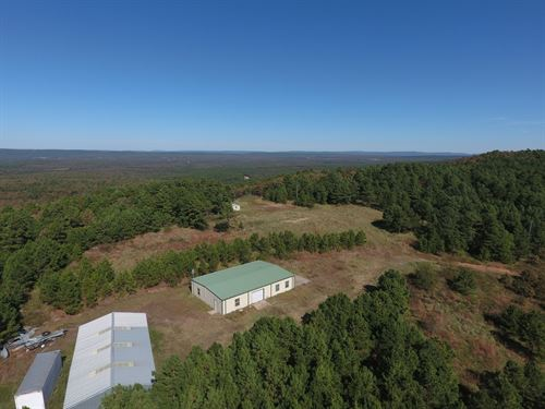 Combination Property Latimer County : Wilburton : Latimer County : Oklahoma