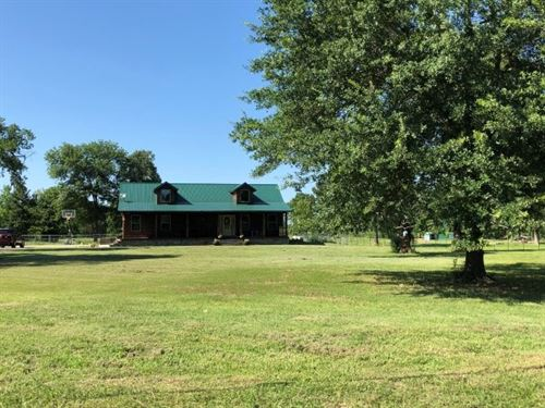 Oklahoma Log Sided Home Acreage : Heavener : Le Flore County : Oklahoma