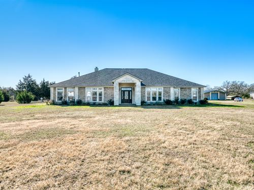 Immaculate, Custom Built Home : Madisonville : Madison County : Texas