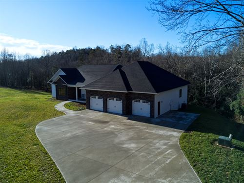 Country Custom Built Home Dobson : Dobson : Surry County : North Carolina