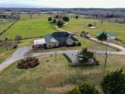 Turn-Key 345 Acre Cattle Farm : Hope Hull : Montgomery County : Alabama