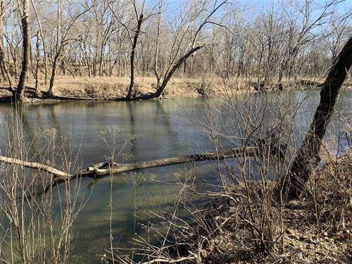 125 Wooded Acres On The Gasconade : Lebanon : Laclede County : Missouri