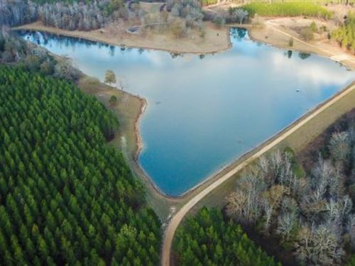 Two Oaks Farm : Prattville : Autauga County : Alabama