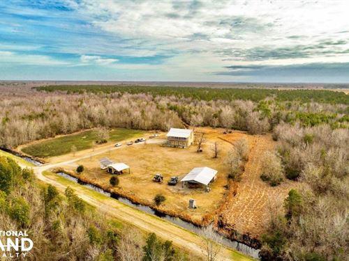 Beaufort Hunting Retreat : Plymouth : Beaufort County : North Carolina