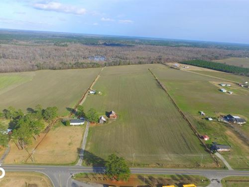 Riverfront Farm And Hunting Land : Lumberton : Robeson County : North Carolina