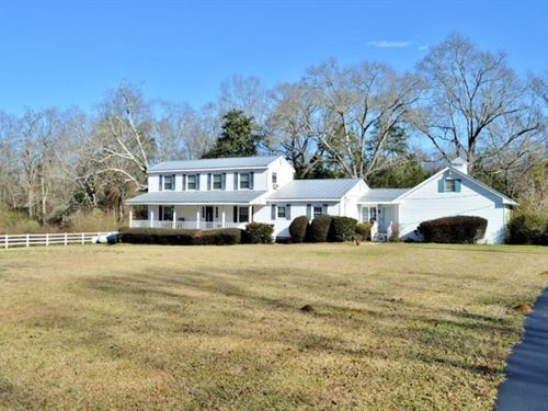 Country Home With Acreage For Sale : McComb : Pike County : Mississippi