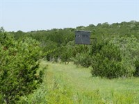 57 Acres End of Rd Privacy : Sonora : Sutton County : Texas