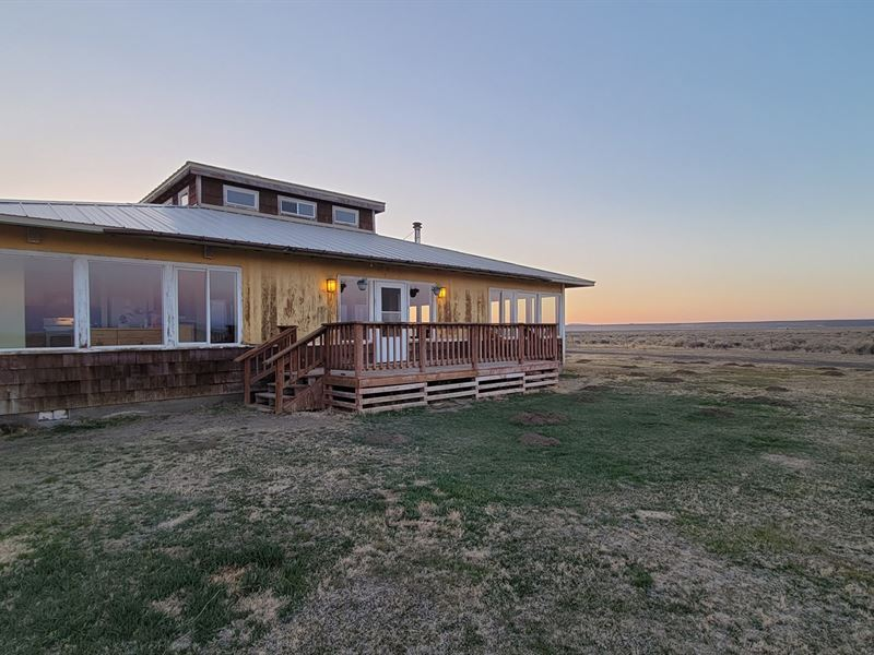 Big 2 Bedroom Home On 240 Acres : Burns : Harney County : Oregon