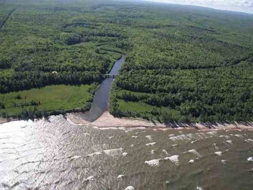 Tbd Lakeshore Dr.  Mls #1068357 : Ontonagon : Michigan