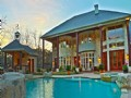 Luxury Huntsville Living, Pool/orch