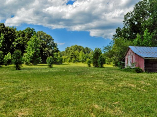 13.57 Acre Mini-farm Campobello : Campobello : Spartanburg County : South Carolina