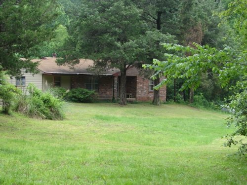 Homeplace And Hunting Camp, Barn : Eclectic : Elmore County : Alabama