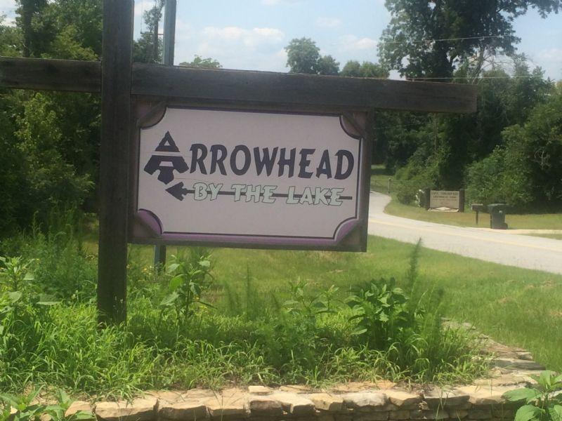 Arrowhead By The Lake Subdivision : Lizella : Bibb County : Georgia