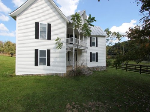 Farm House & 10.8 Acres : Elk Creek : Grayson County : Virginia