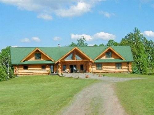 339 Clark Rd, Mls# 1084626 : Crystal Falls : Iron County : Michigan